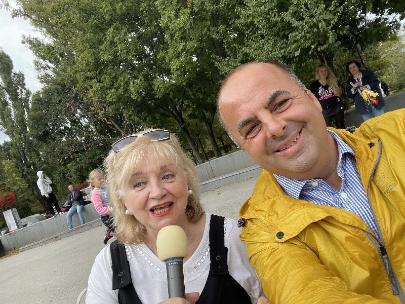 Nora Beňačkova, legenda medzi slovenskymi hlasatelkami. Trosku sme si spolu zastebotali na jednej z akcii v Bratislave.